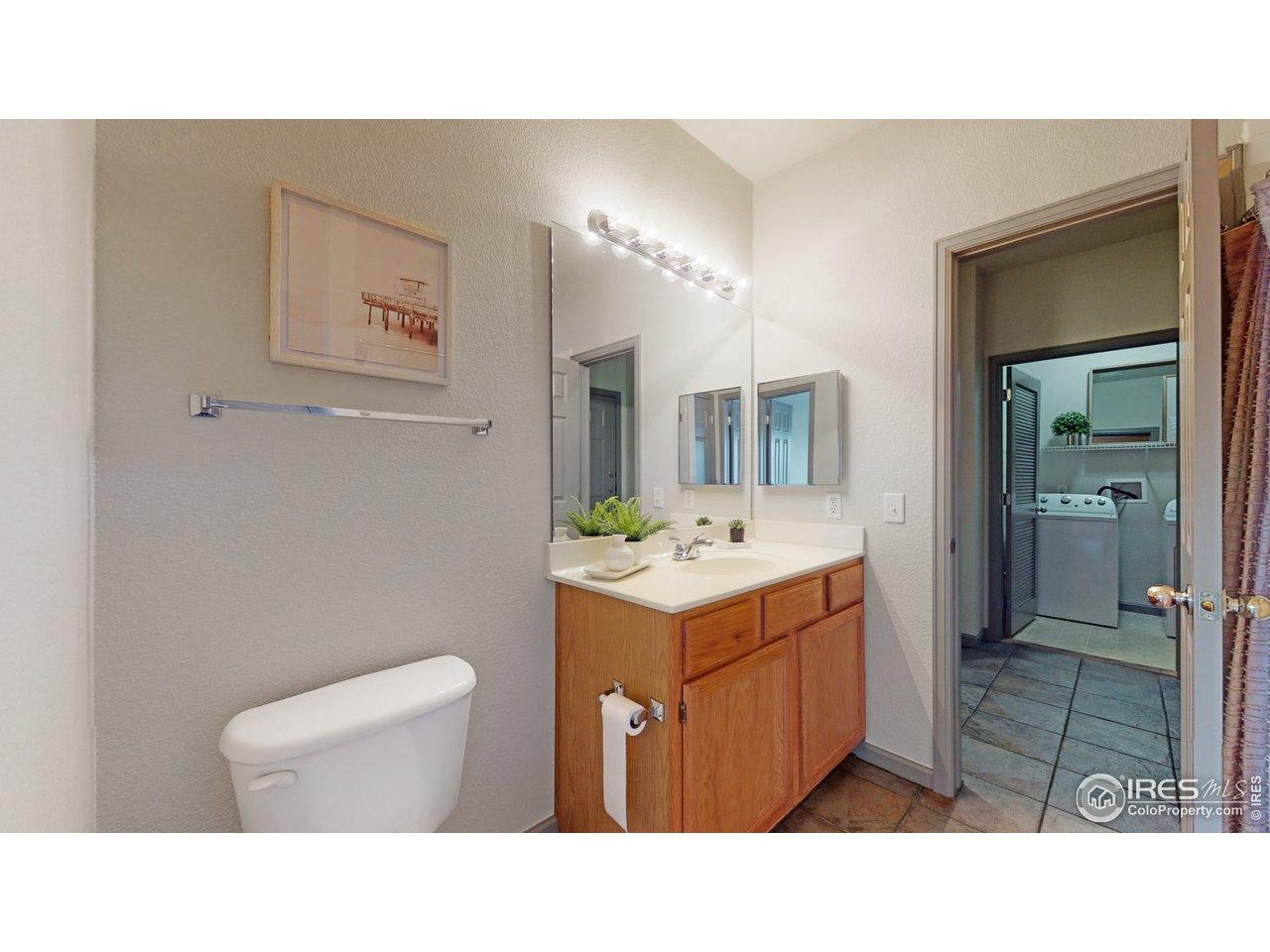 En-suite bath to bedroom 2
