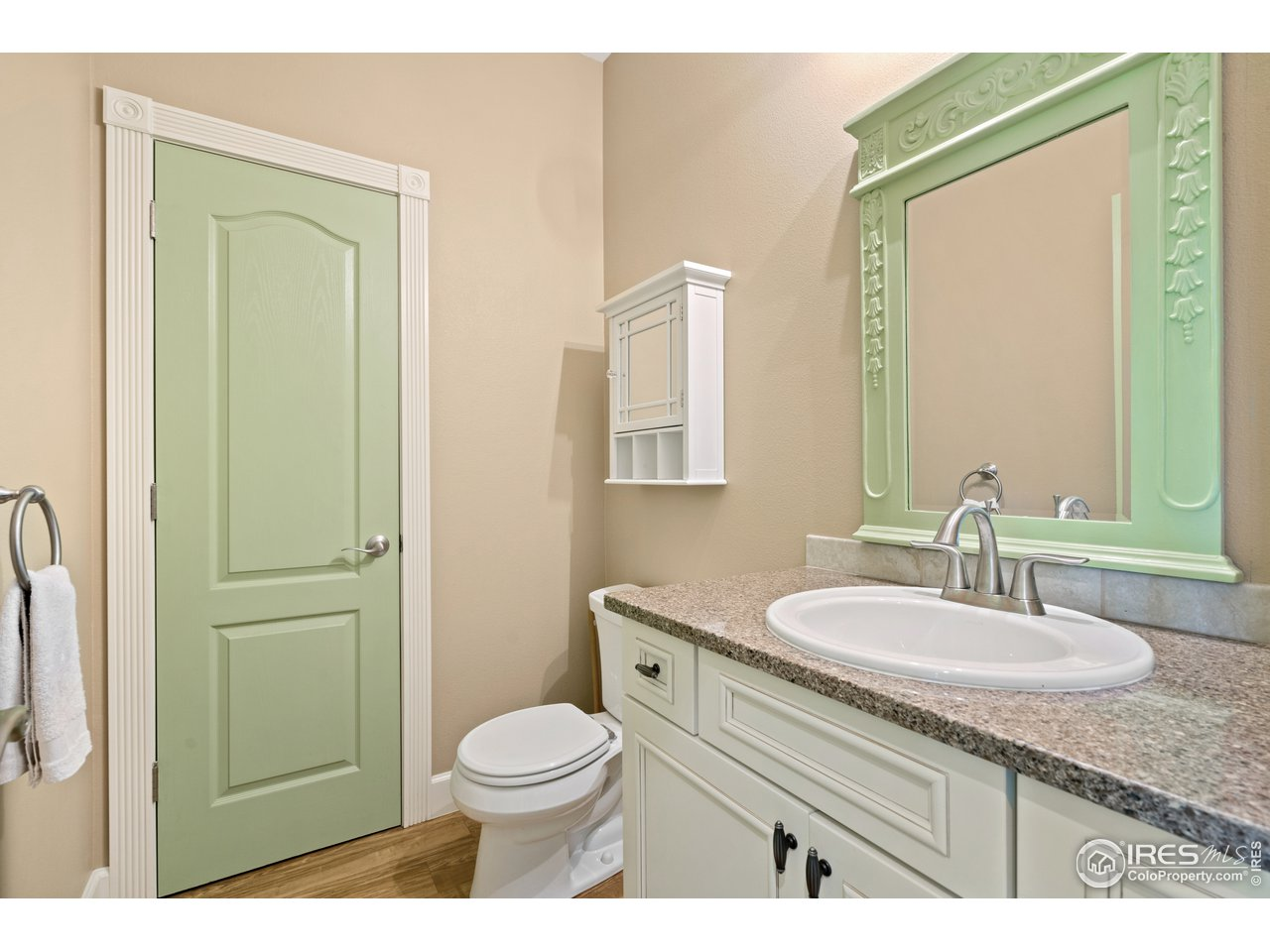 Primary Suite 2 - Bathroom