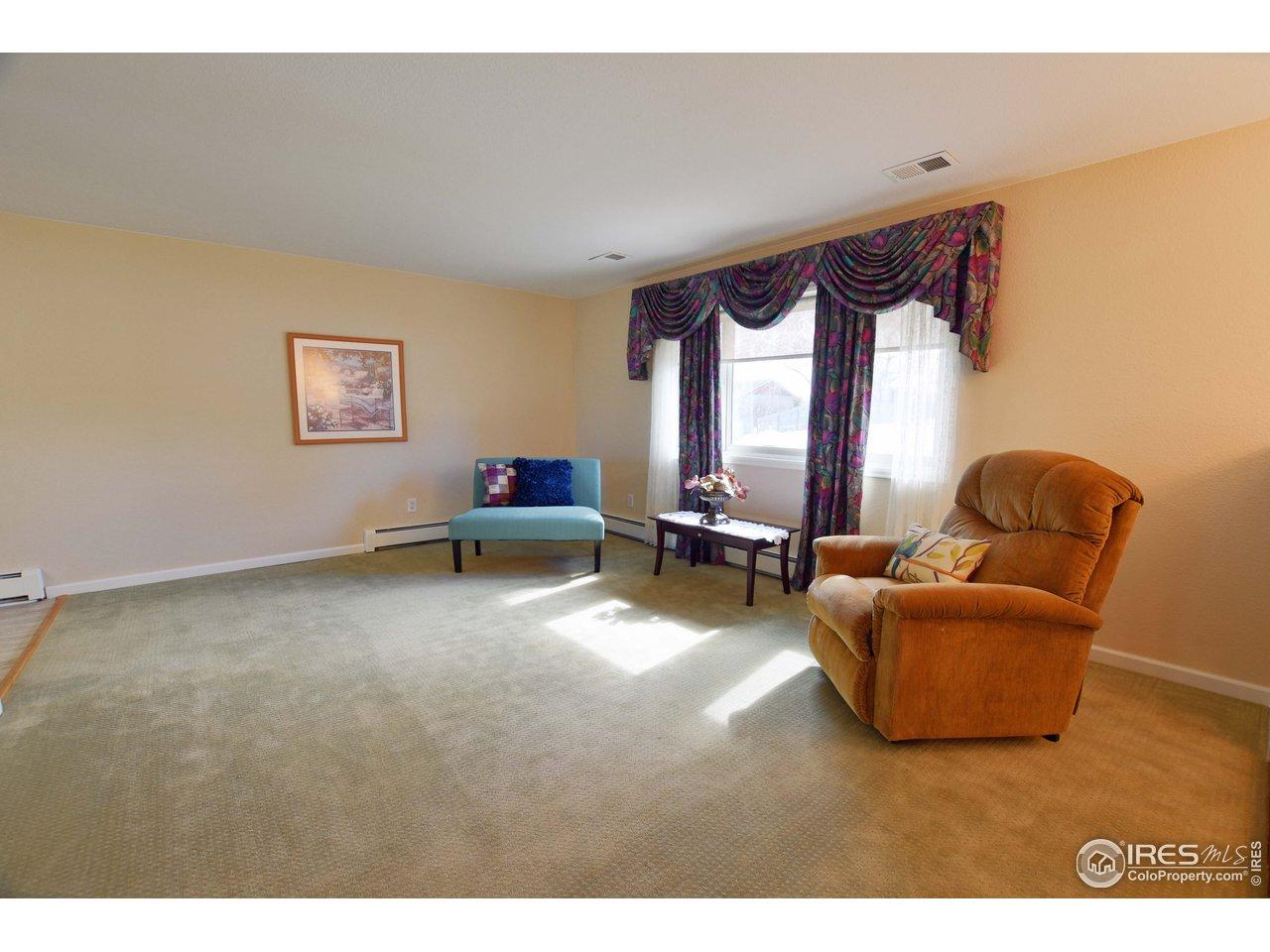 Spac living room