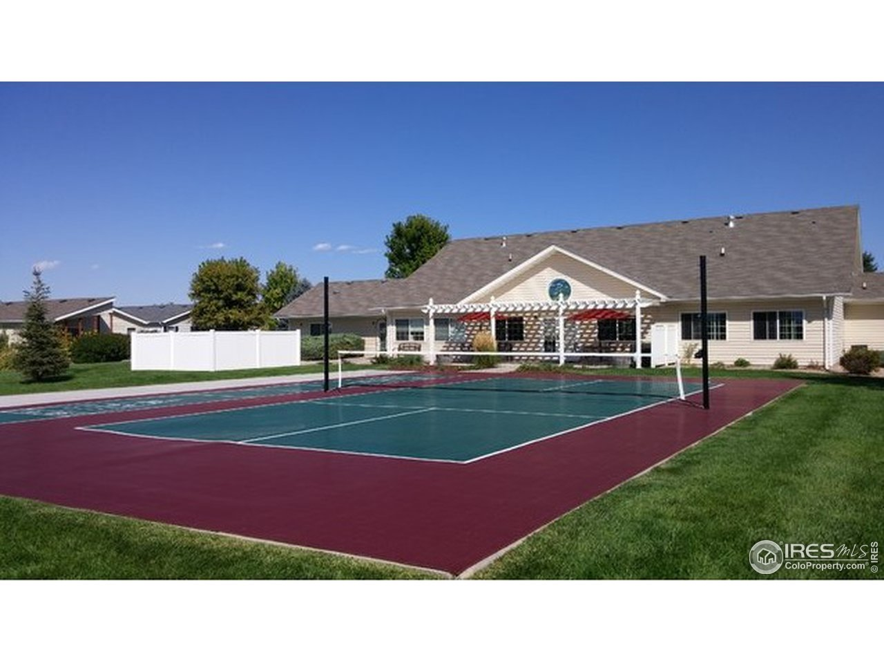 Clubhouse Pickleball Courts