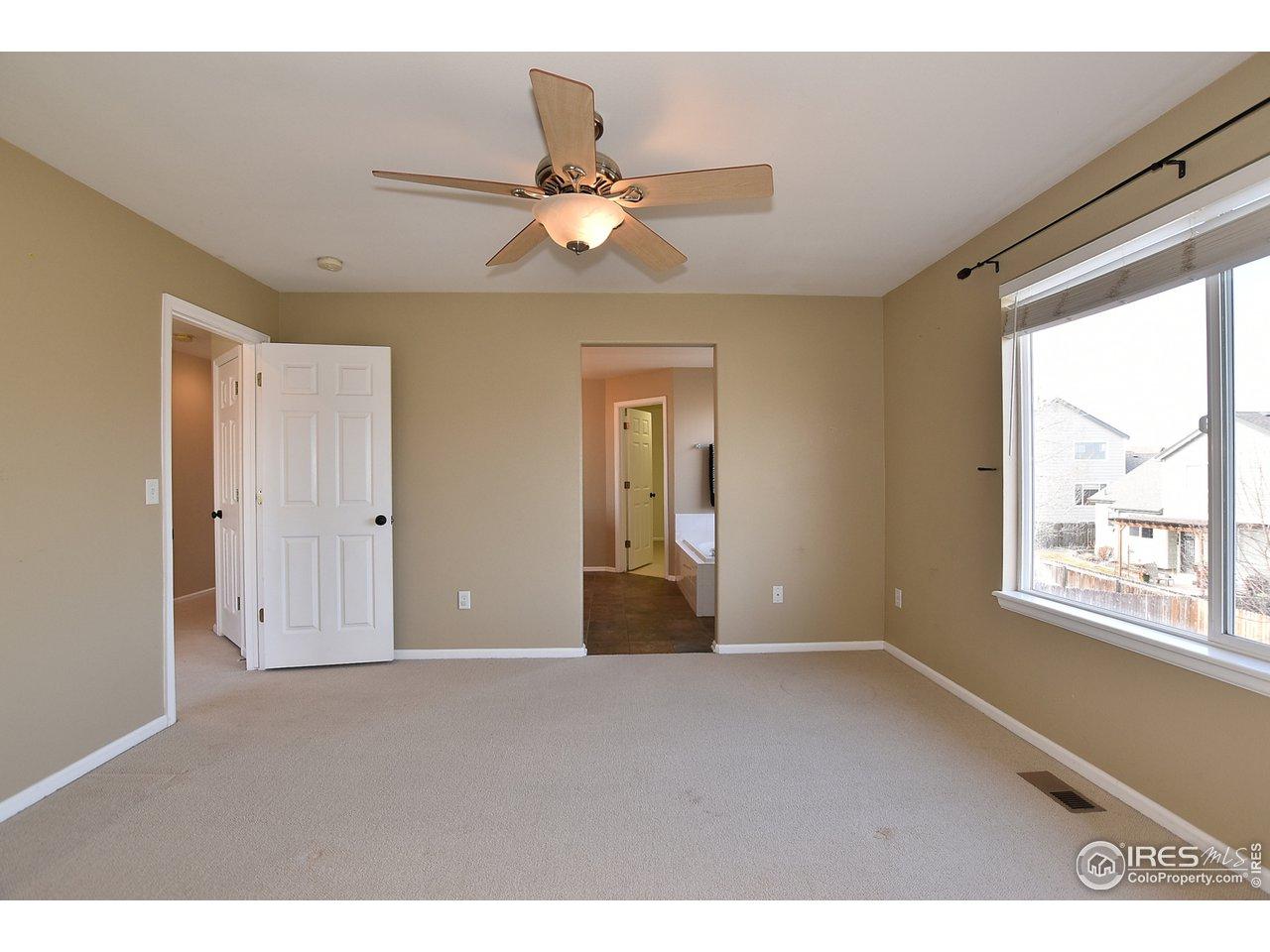 Master Bedroom W/ Ceiling Fan