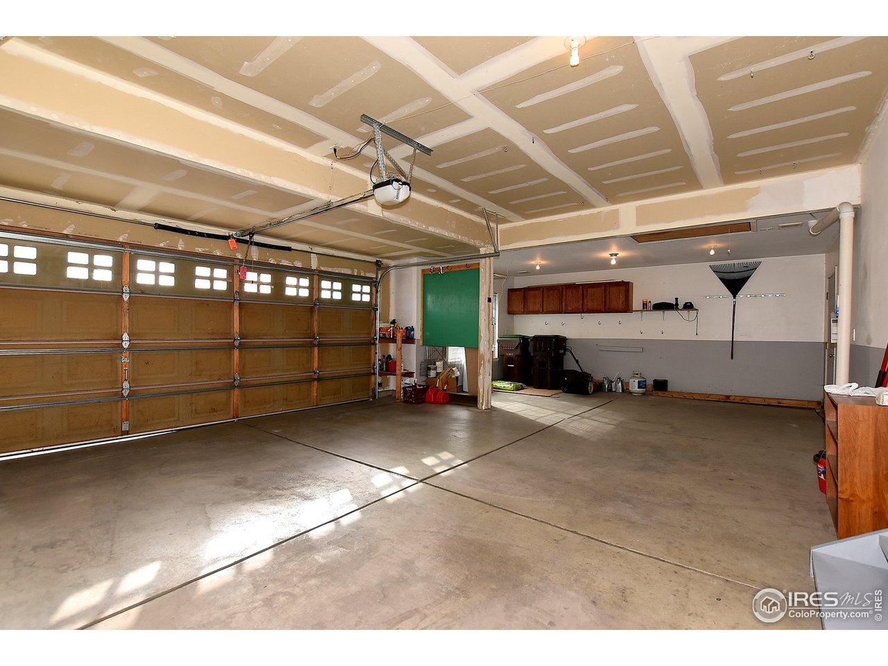 Oversized Garage W/ Built Ins