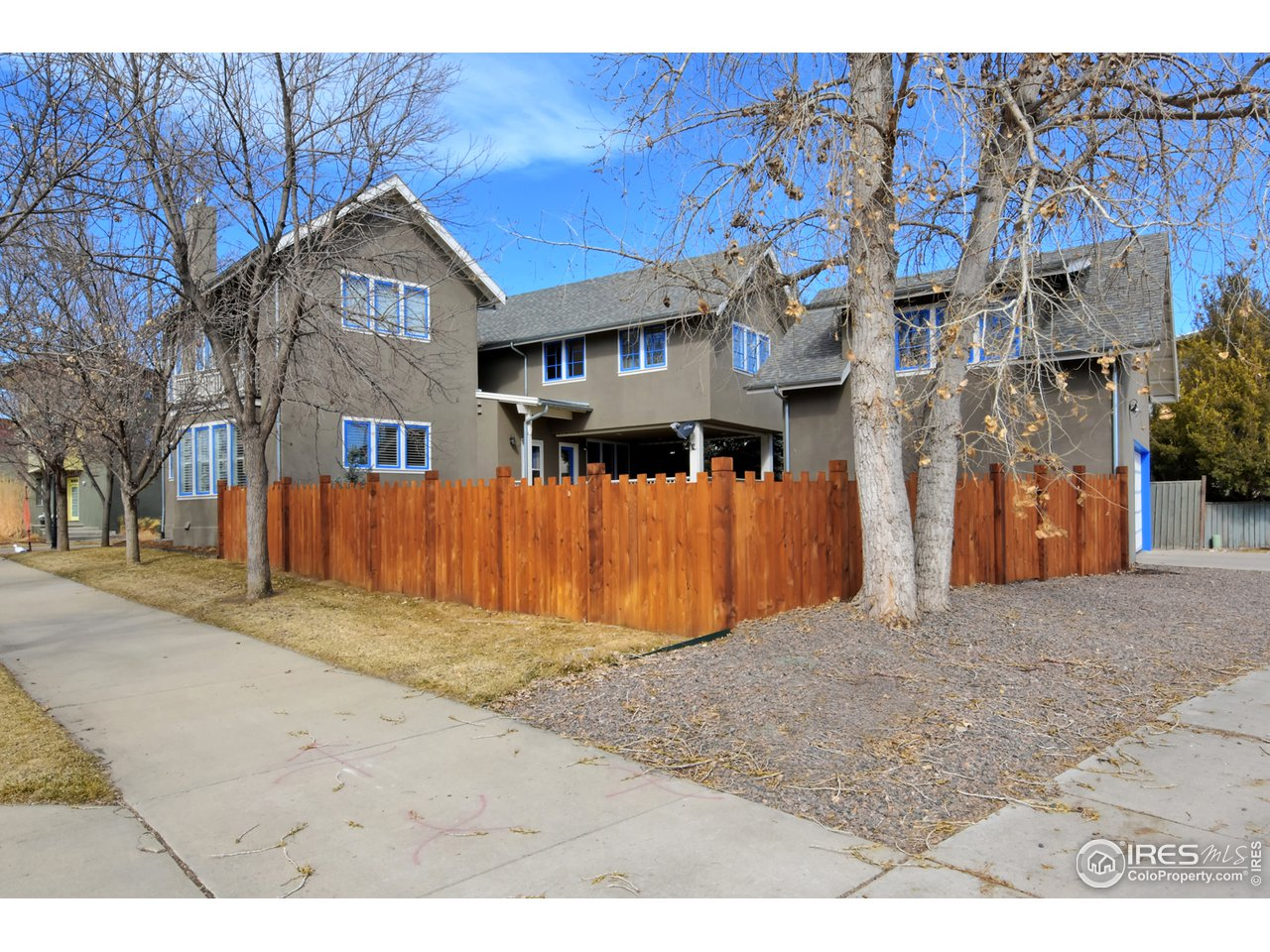 Prospect Living with Large Yard & Mature Trees