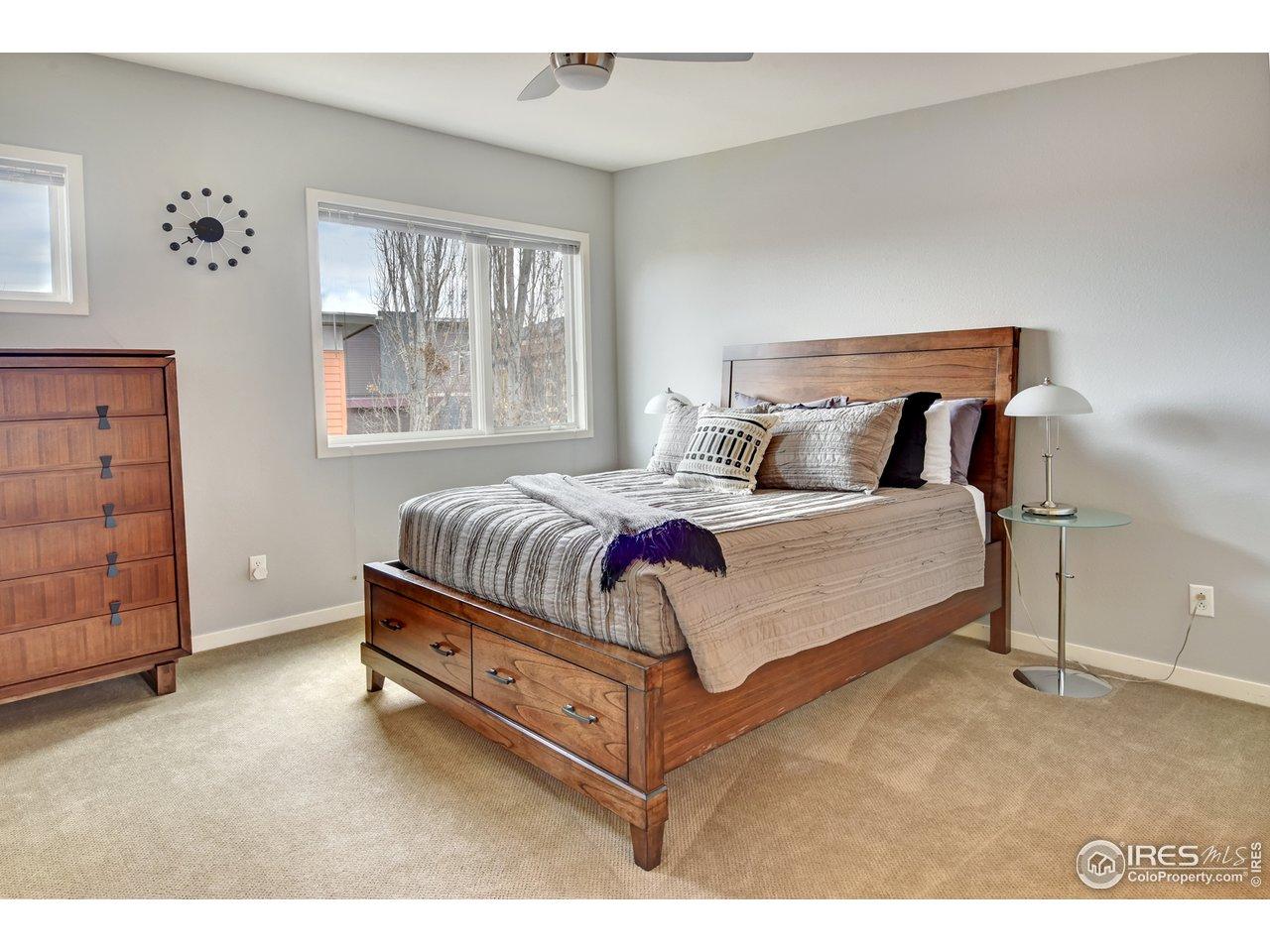 2nd floor guest bath w/ dual vanities