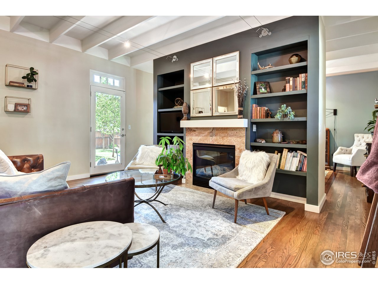Ideal Prospect Location with Carriage House