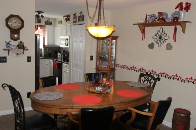 Short trip from the Kitchen to Dining Area