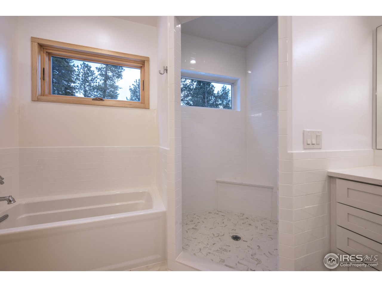 Luxury 5-piece Master Bath