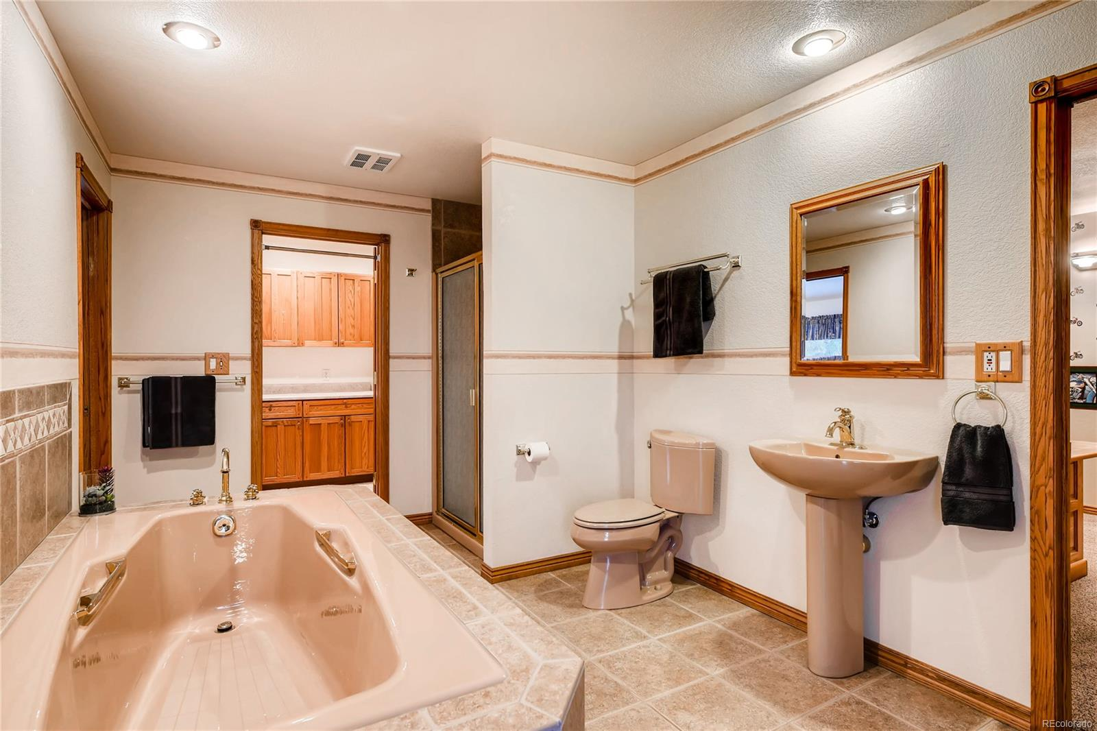 Jack and Jill Bathroom for Bedrooms #3 and #4.