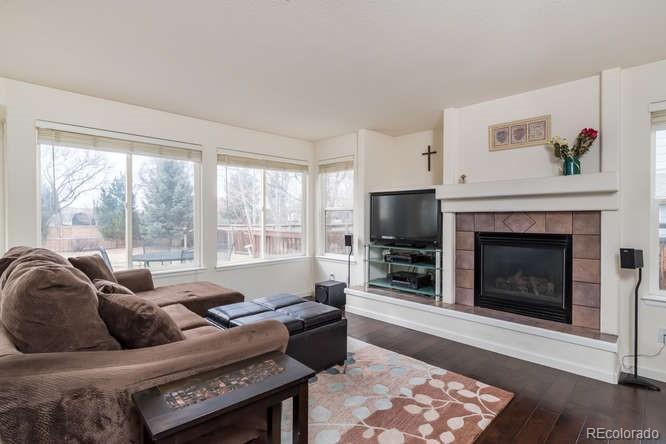 Newer hardwood floors, gas fireplace!