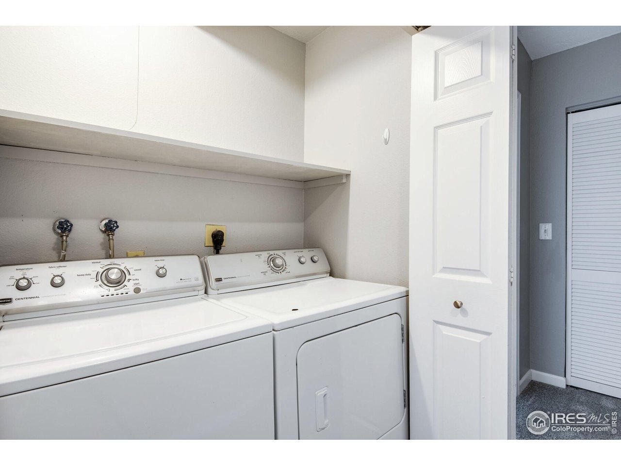 Washer/Dryer Upstairs