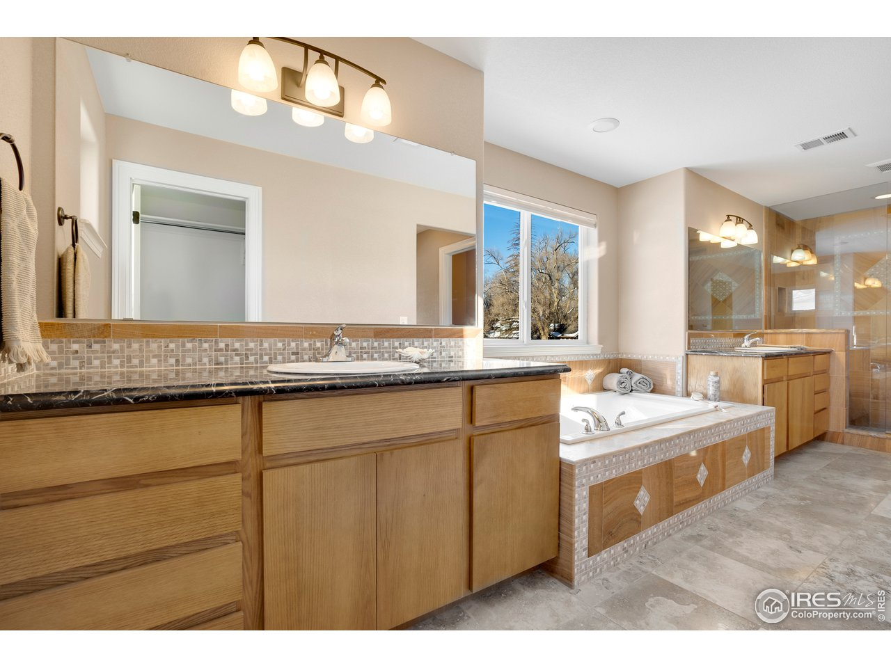 Double sinks and separate closets