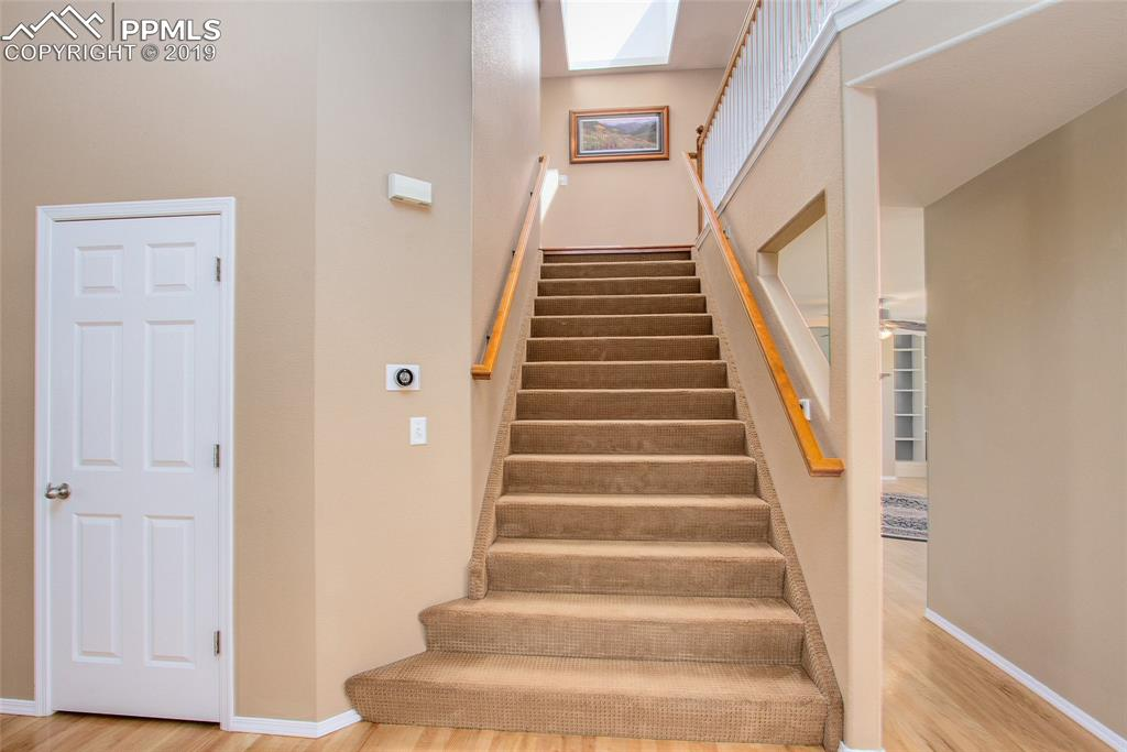 Extra Wide Staircase