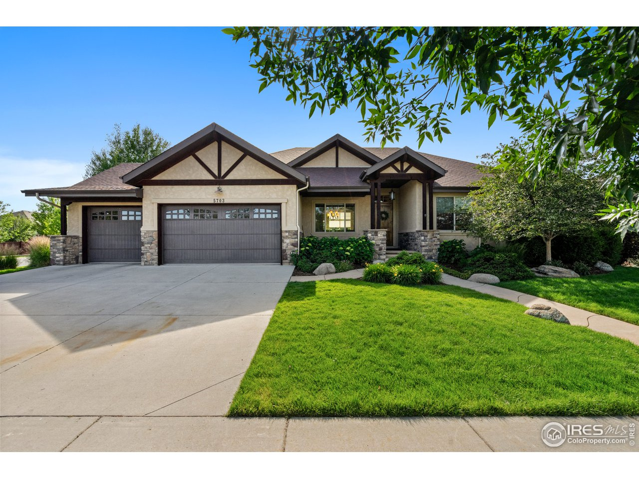 Stunning Custom Home in Timnath Ranch!