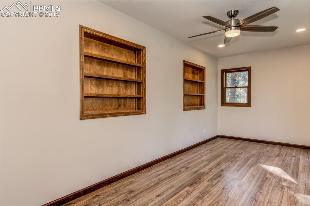 Built in shelving in dining room