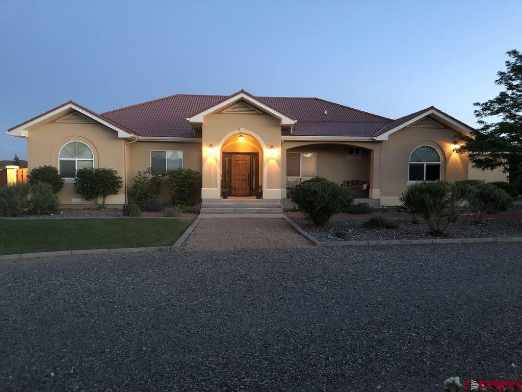 Gorgeous 2,834 sq ft Home on 3.54 Acres