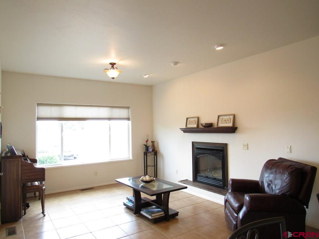 Sitting Room with Gas Log Fireplace