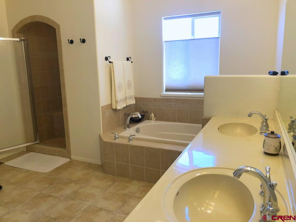 5-Piece Master Bath with Separate Commode Room