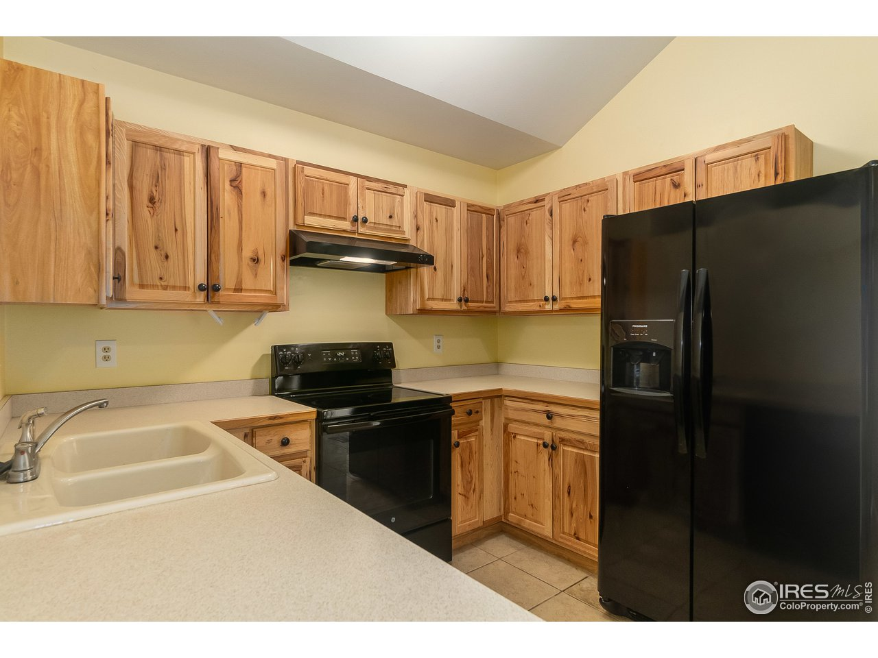 New appliances and cabinets