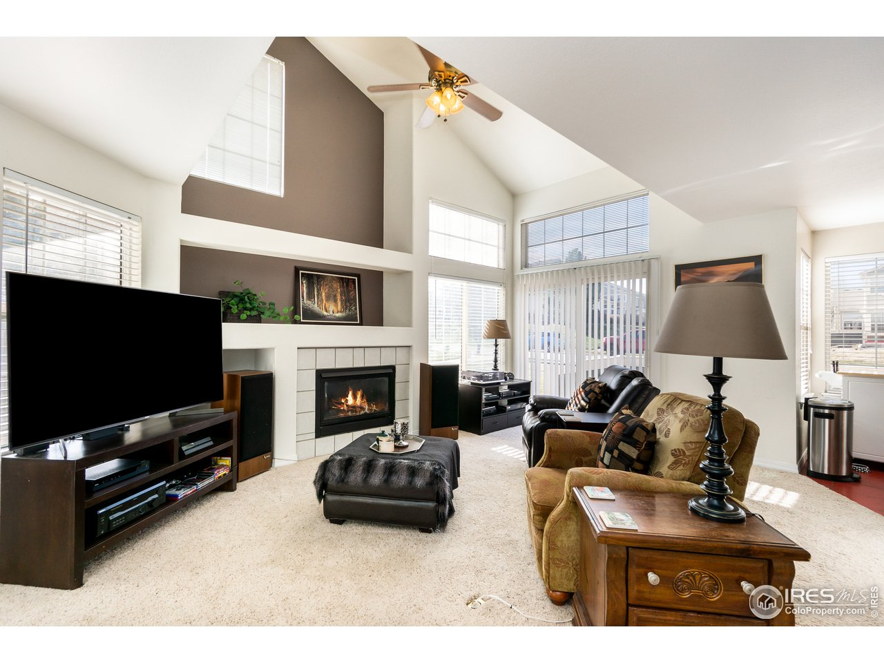 Open living room with vaulted ceilings
