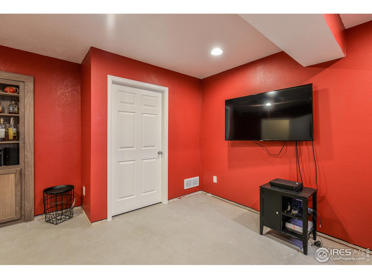 Finished Basement or 4th Bedroom