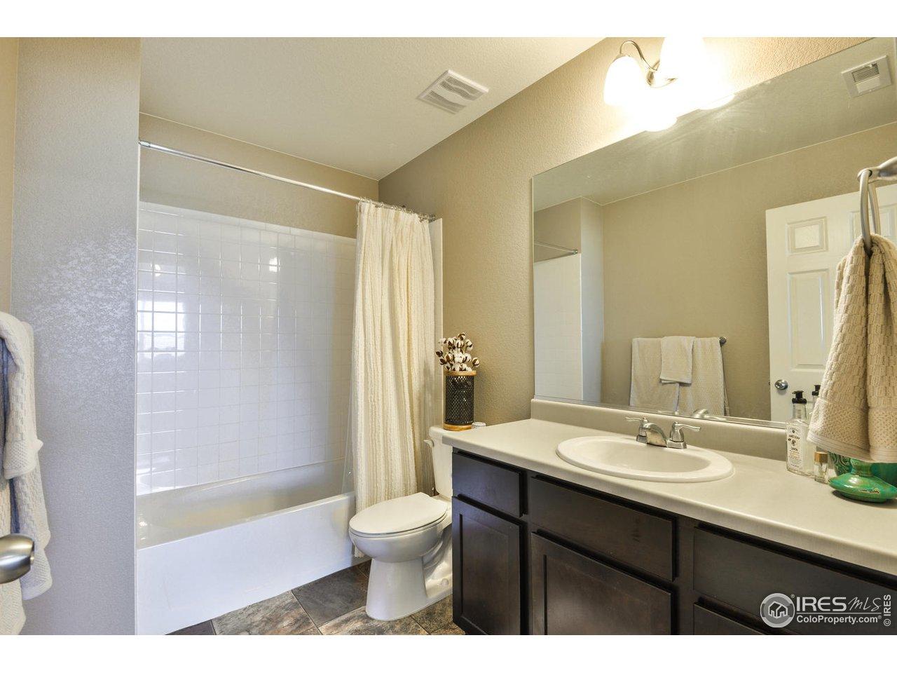 Full Bath in Spare Bedroom #3