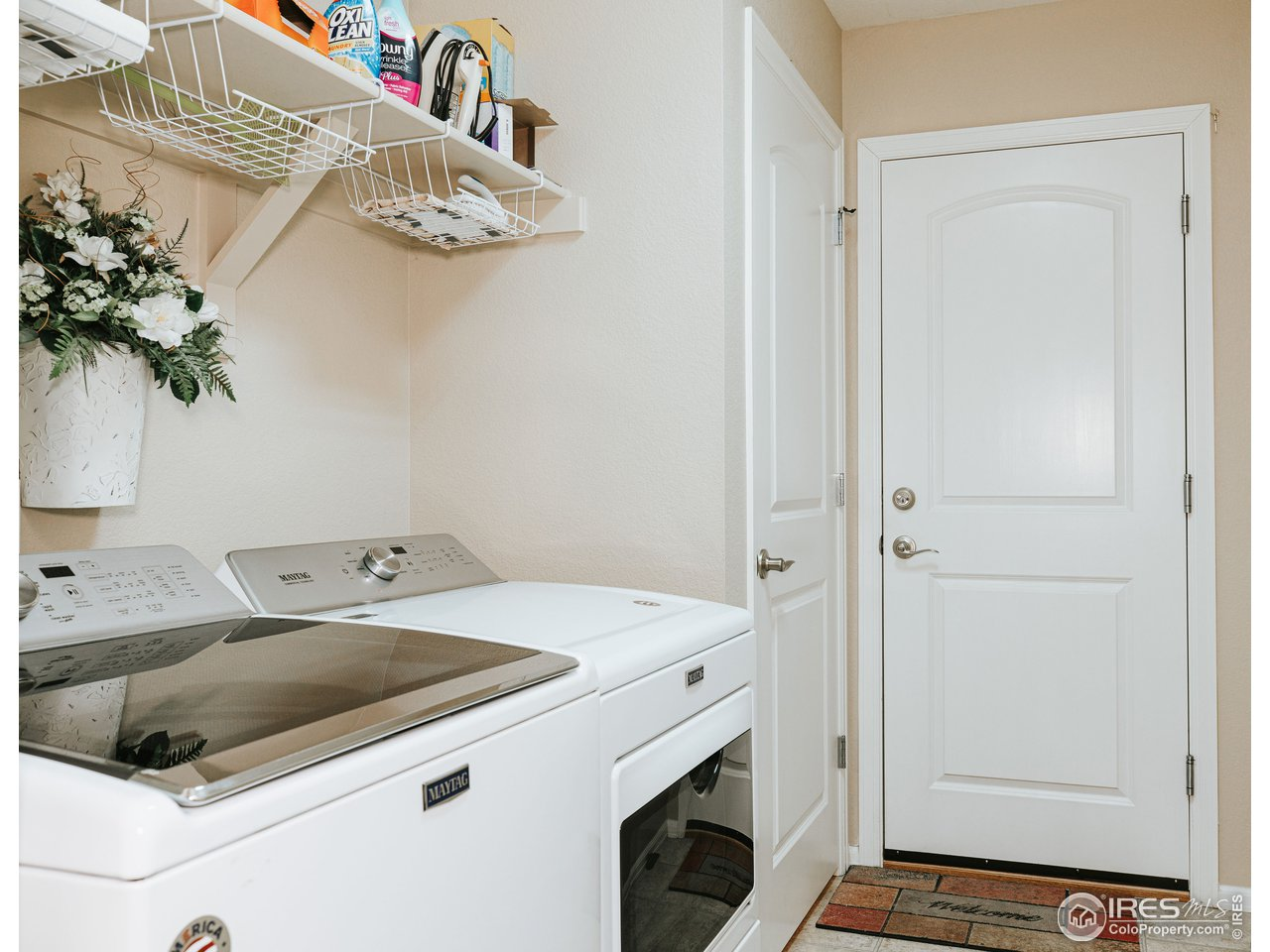 Large laundry space/mud room