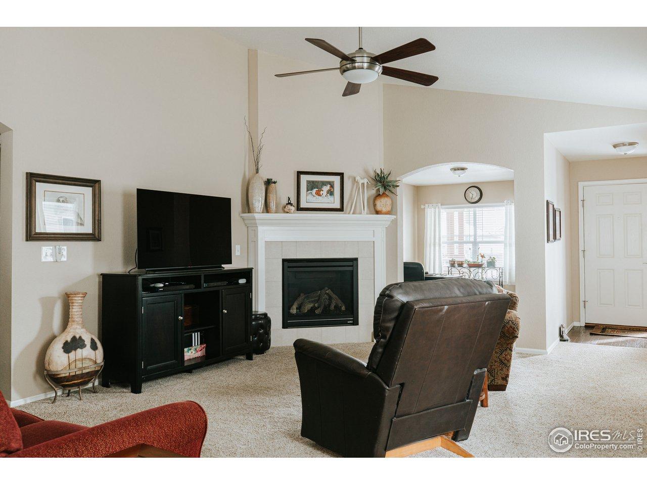 Gas fireplace & updated ceiling fan