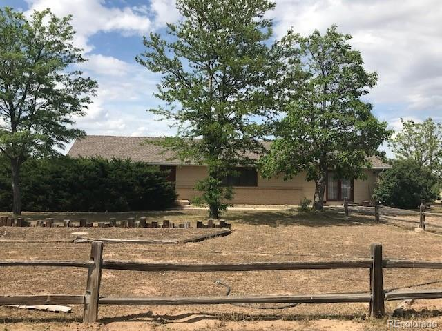 Frontal View of the Ranch style home