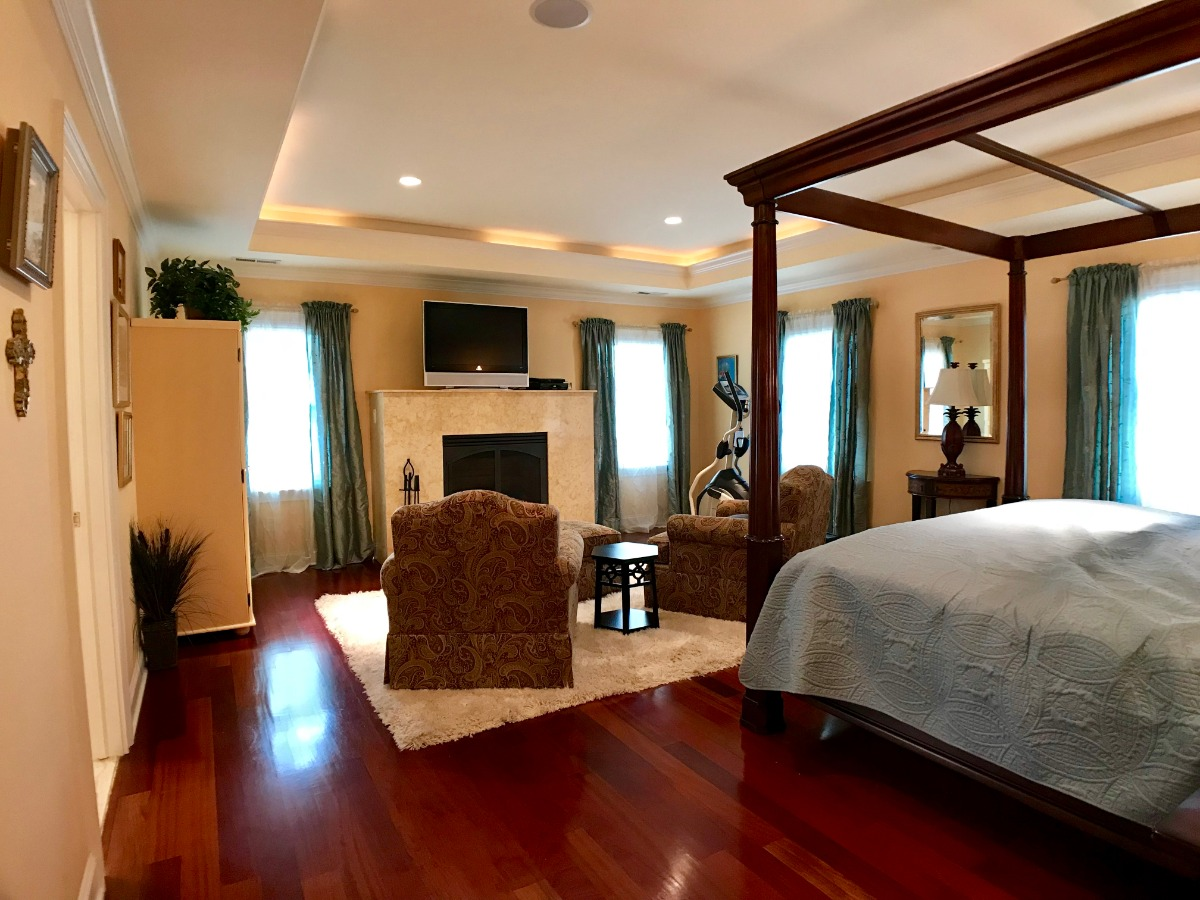 Master Bedroom with Wet Bar