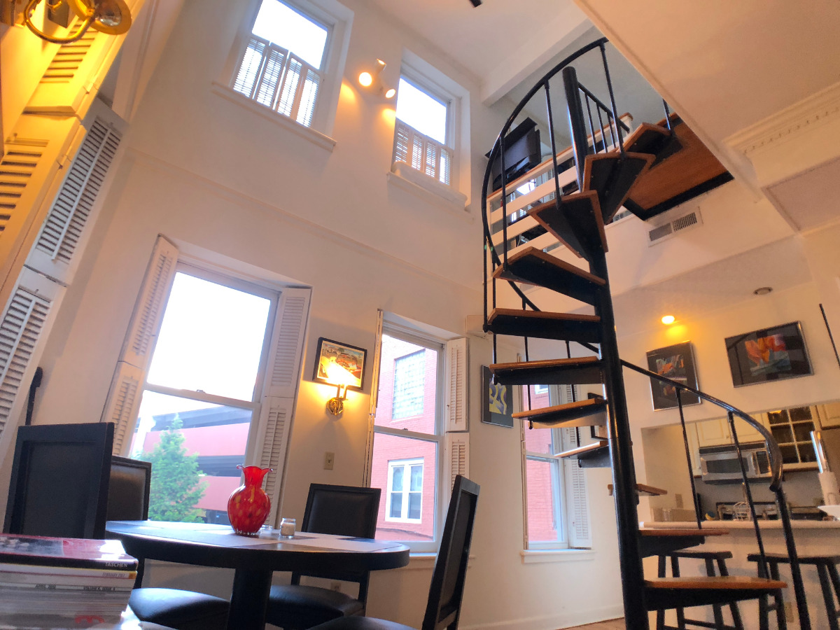 Spiral stairs to bedroom and 2nd entrance