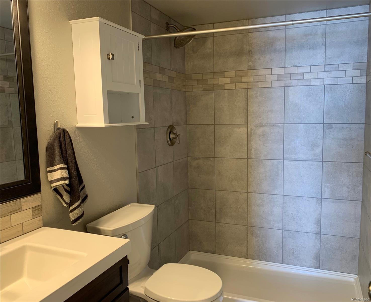 Newly Updated On-Suite Master Bathroom