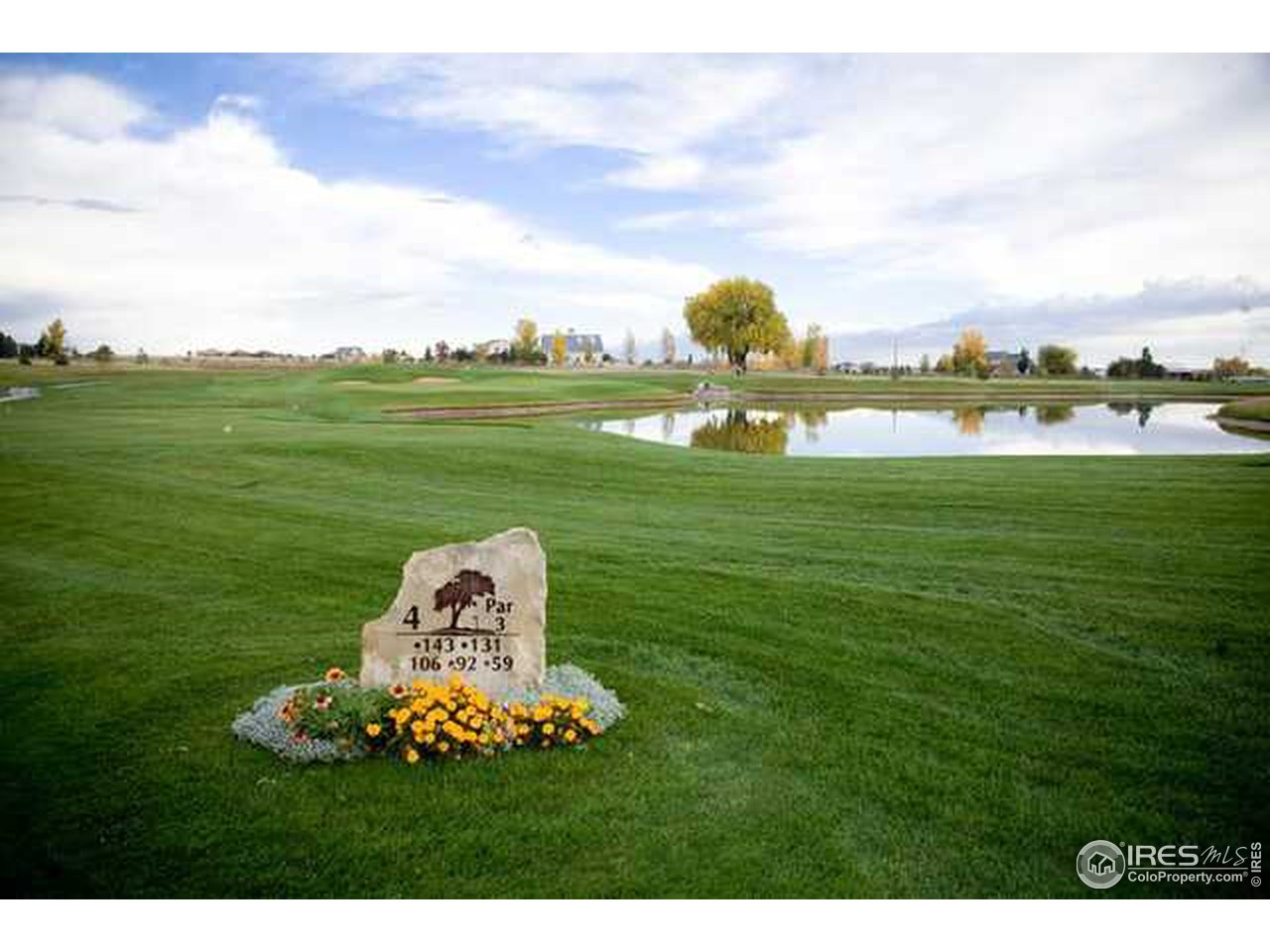 Golf course living in a fabulous location!