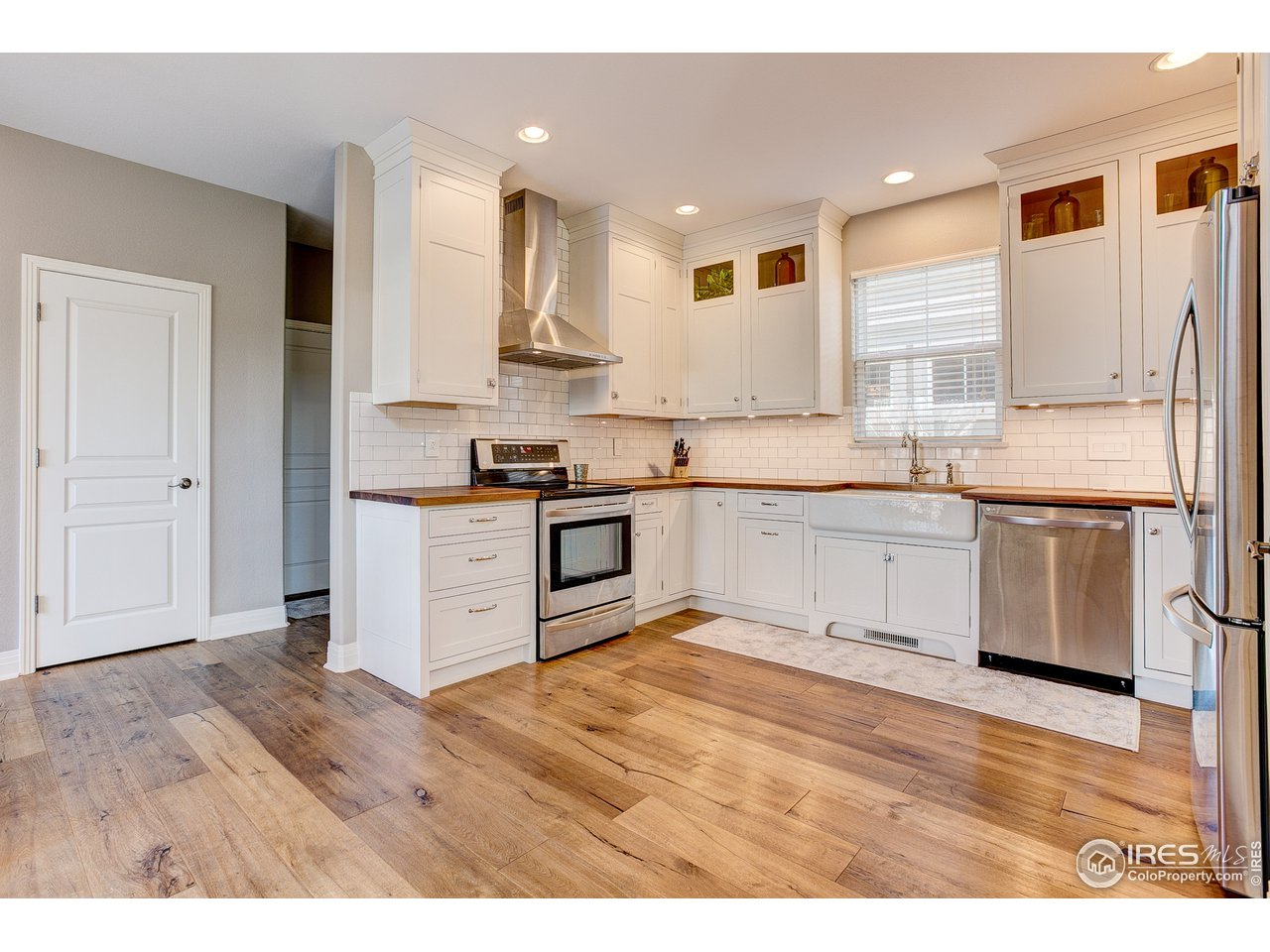 Gorgeous remodeled kitchen