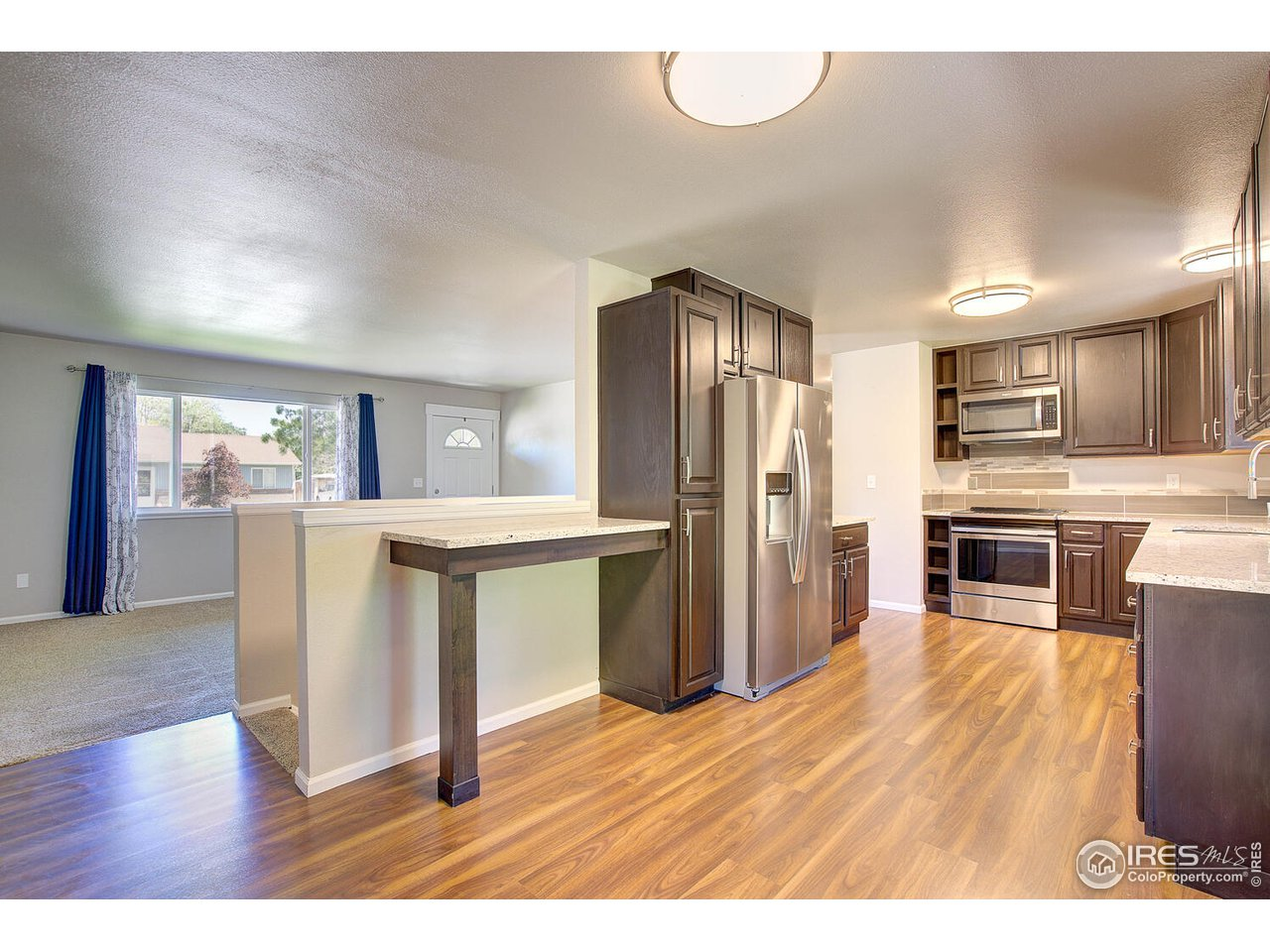 Check out this updated kitchen!