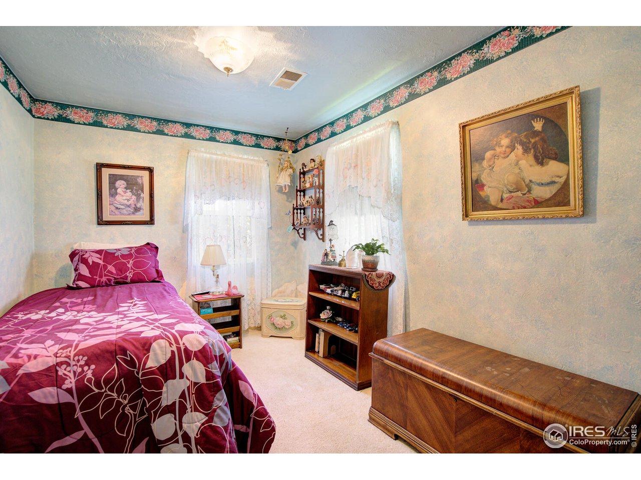 12 x 8 Bedroom 2