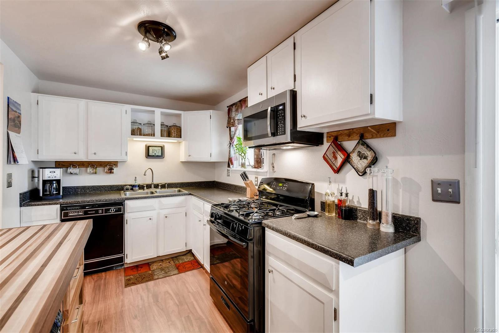 Gas Stove & All Appliances Included.