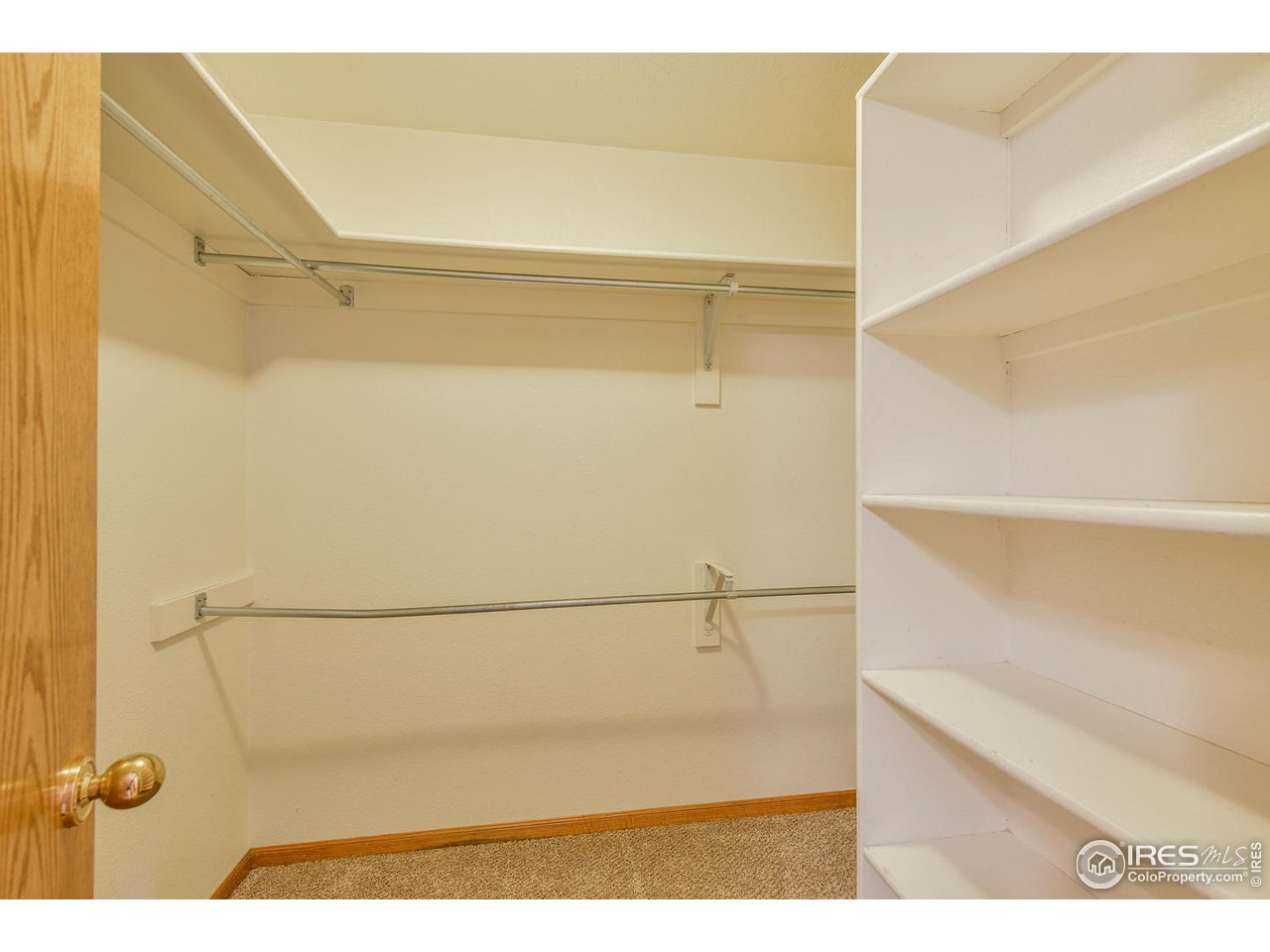 Master with large walk in closet
