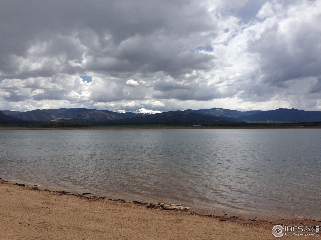 Mountain Home Reservoir nearby