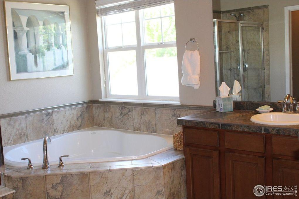 Master Bath--Double Sinks