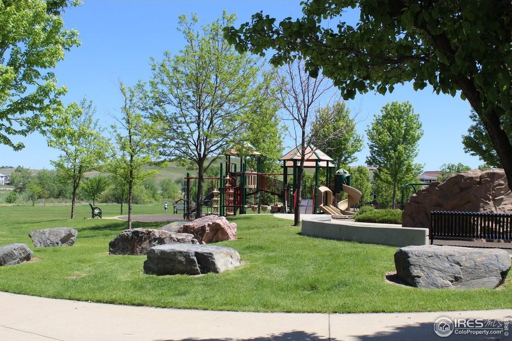 7-Acre Park--One Block Away