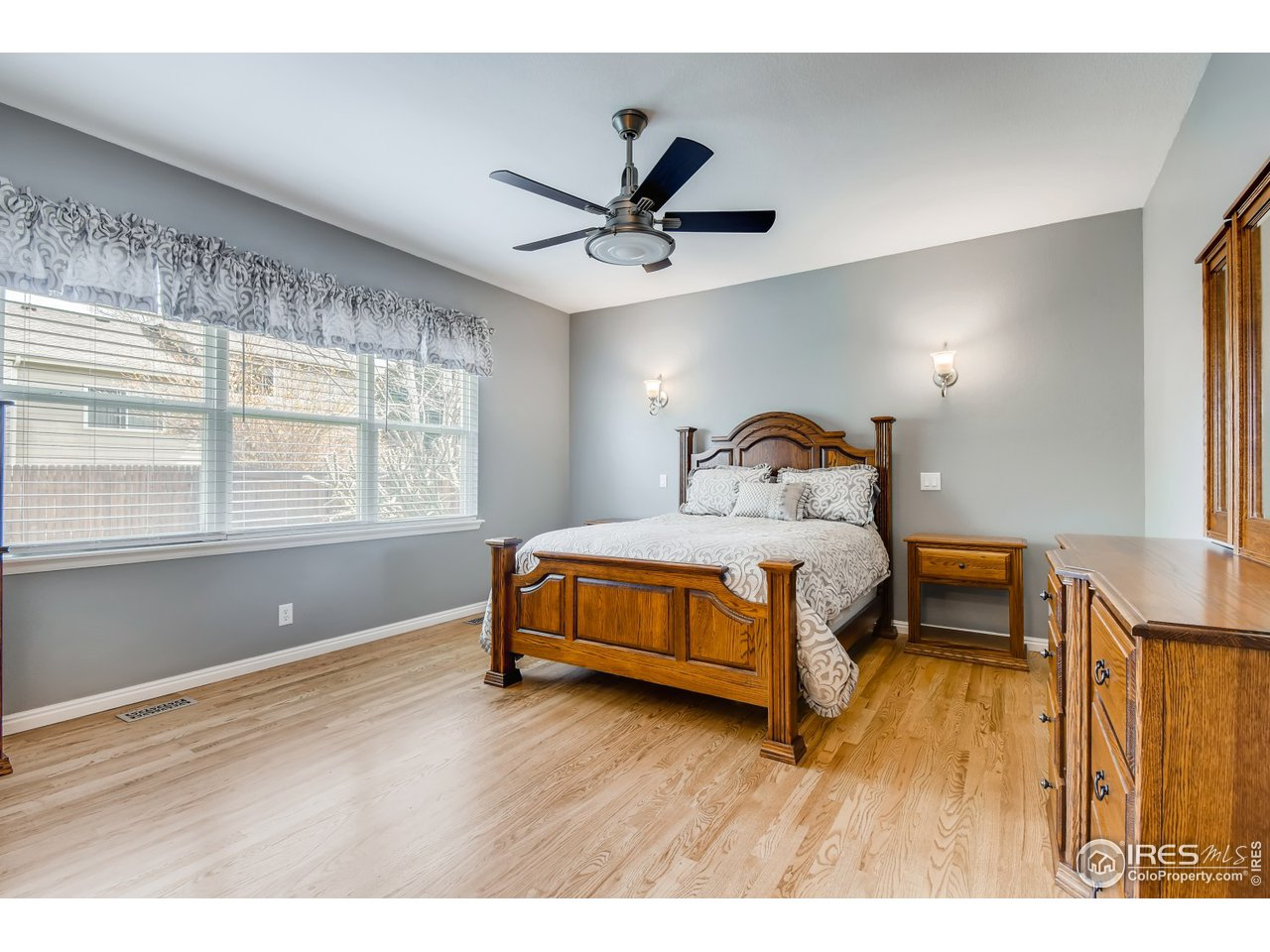 Family room has built-in cab and TV mount stays. Gas plug is present, you could install a gas FP. Newly refin wood floors.