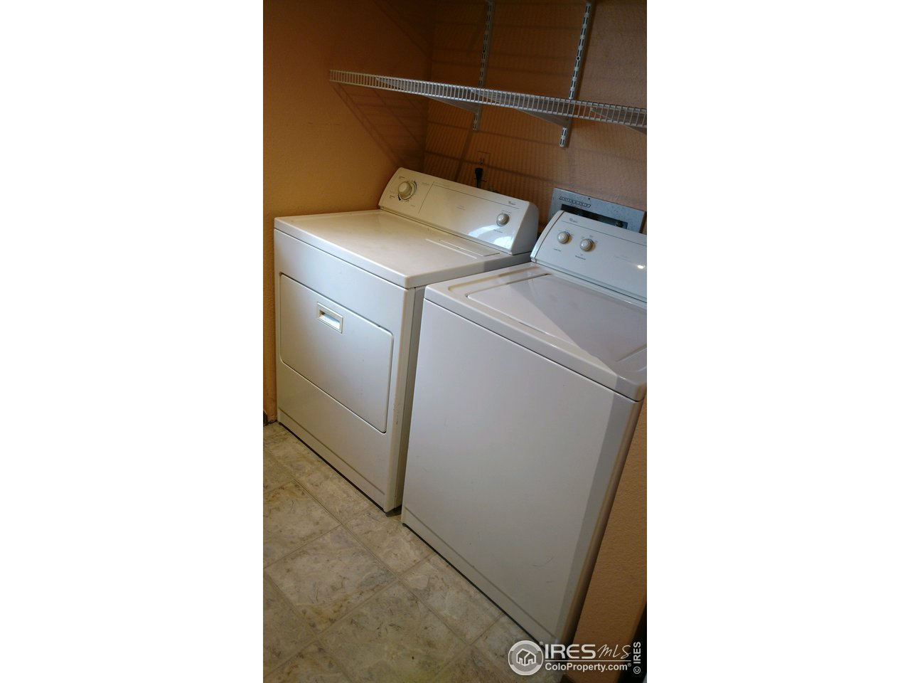 Clothes Washer and Dryer Included