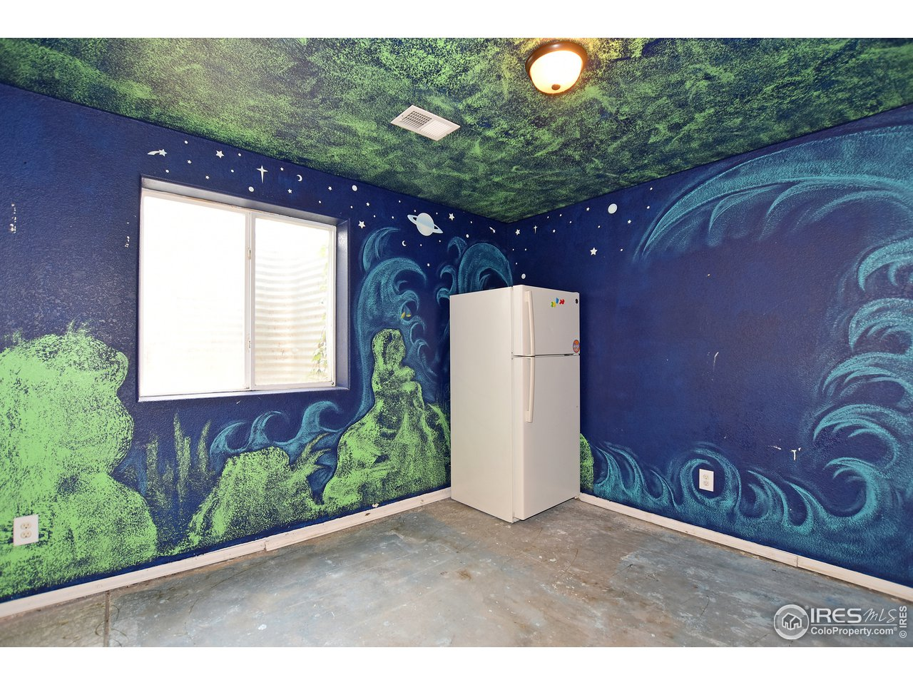 Basement Creative Room