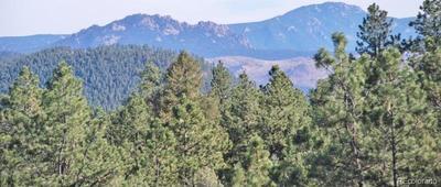 Land of views, meadows, privacy...