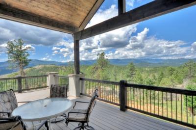 Views overlooking open space